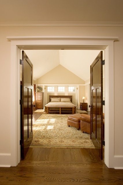 Master Bedroom Suite With Vaulted Ceiling Craftsman