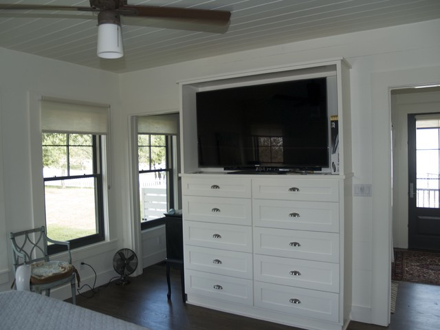Master Bedroom Tv Storage