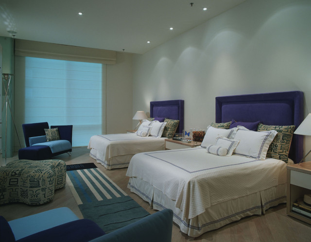 Master bedroom with 2 queen beds. contemporary-bedroom