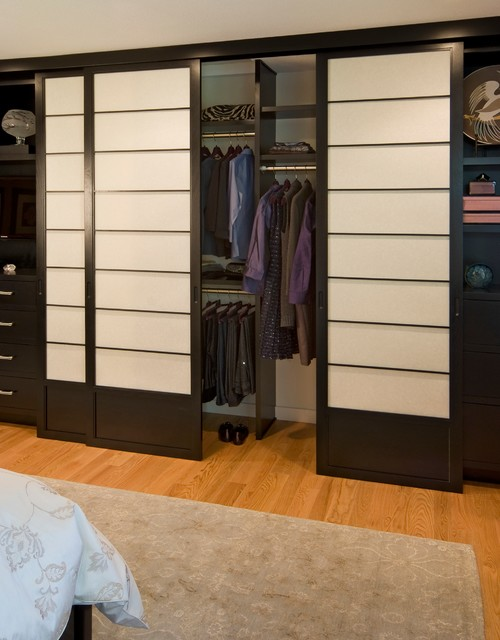 Http Www Houzz Com Photos 4303980 Master Bedroom With Built In Closet Traditional Bedroom San Francisco