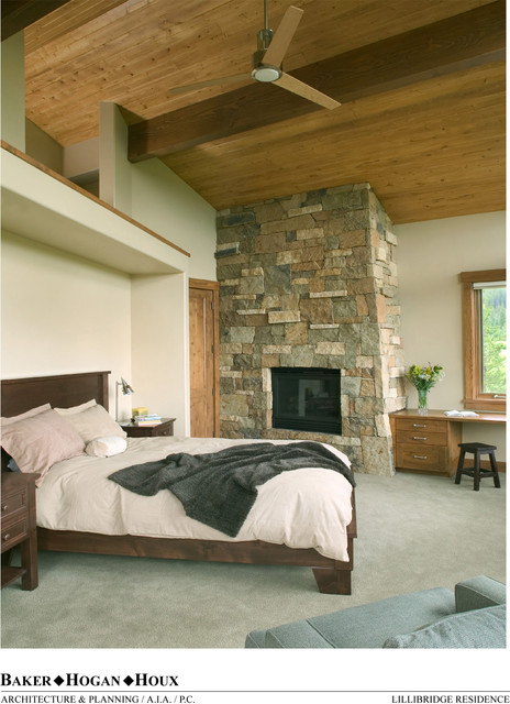 Master bedrooms in mountain homes modern bedroom for Mountain modern bedroom