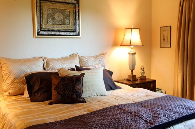 International Townhouse Retreat traditional-bedroom