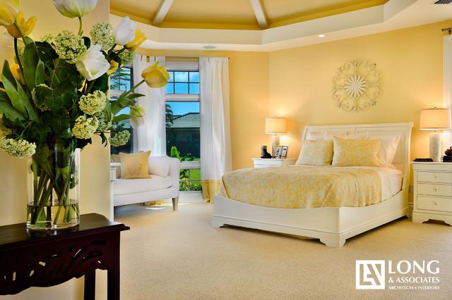 Maui traditional-bedroom