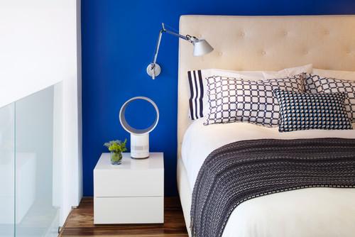 Osez Le Mur Bleu Pour Une Chambre Rafraîchissante