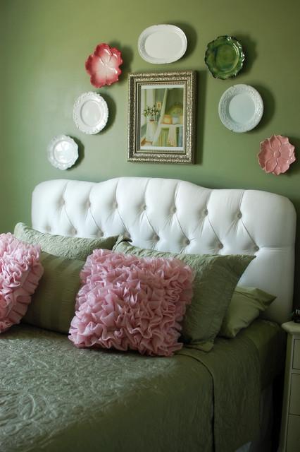 Melanie Gore traditional-bedroom