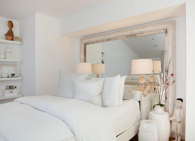 Melissa Herrington, Venice Artist Loft transitional-bedroom