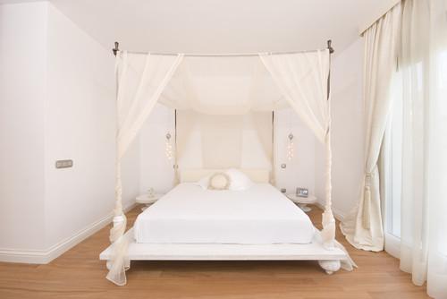 10 Winter White Interior Design Ideas  eclectic bedroom