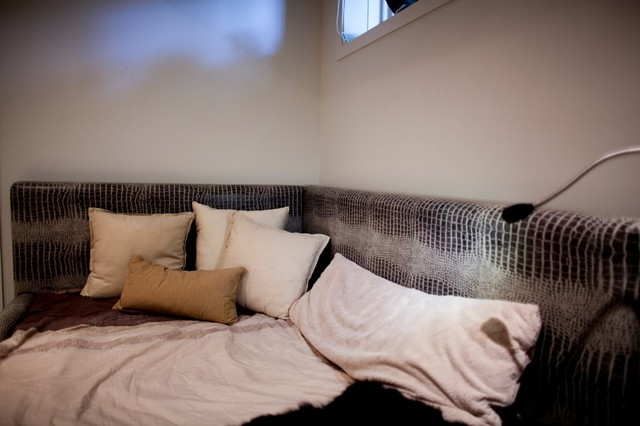 Metric Projects-Bedroom contemporary-bedroom
