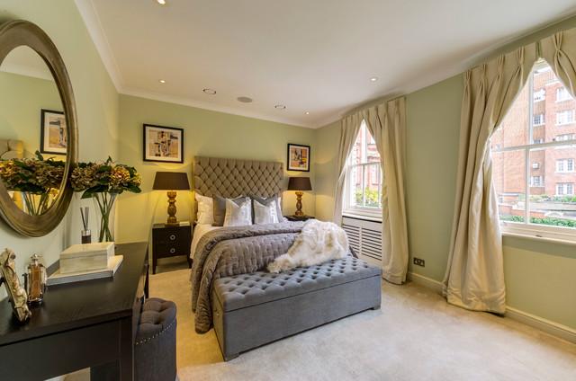 mews classique chic chambre londres par burbeck interiors ltd. Black Bedroom Furniture Sets. Home Design Ideas