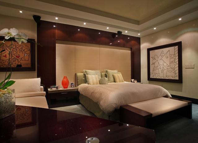 Miami Beach - by PepeCalderinDesign - Interior designers Miami - Modern contemporary-bedroom