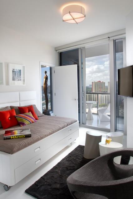 MIAMI INTERIOR DESIGN - JADE OCEAN BY BRITTO CHARETTE contemporary-bedroom