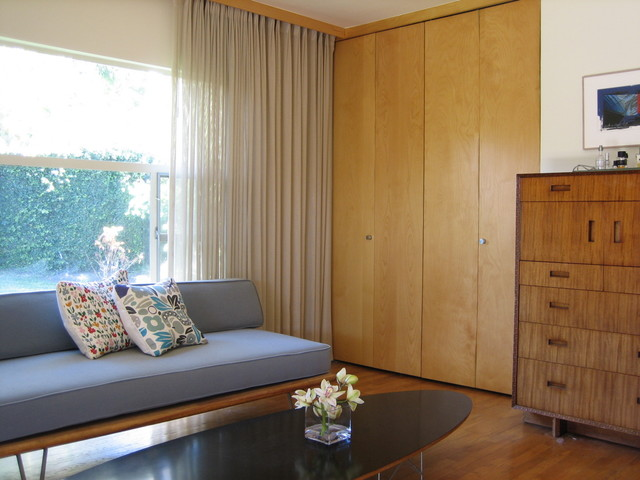 Mid-Century Modern Architectural House - Modern - Bedroom - los ...