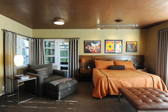Example of a midcentury modern bedroom design in Minneapolis