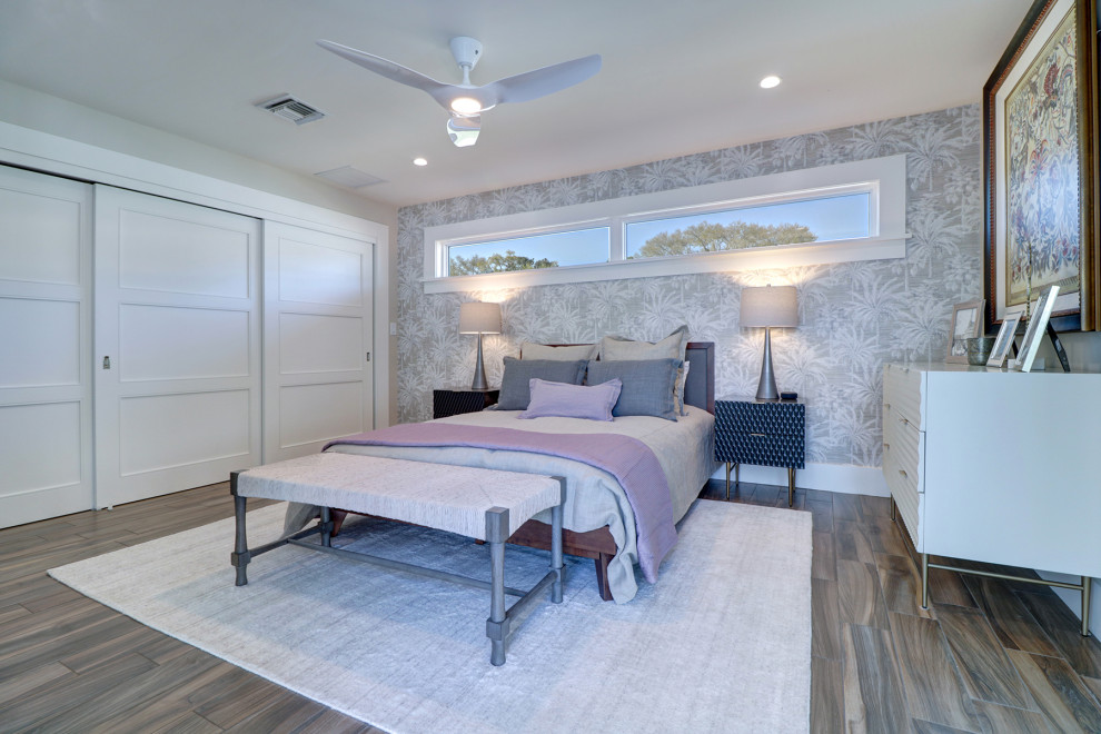 Inspiration for a 1960s bedroom remodel in Tampa