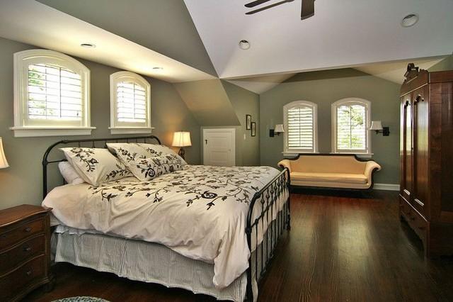 Millstadt Historic Farmhouse Renovation traditional-bedroom