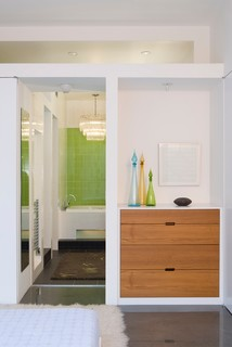 Minimal Modern - Modern - Bedroom - kansas city - by Poolehaus Residential Design