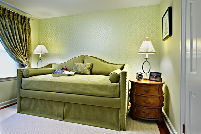 Miscellaneous traditional-bedroom