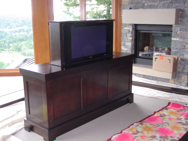 Mission Timber Frame contemporary-bedroom