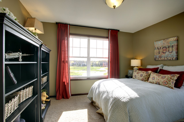 Model home bedrooms traditional bedroom minneapolis for Traditional home bedrooms