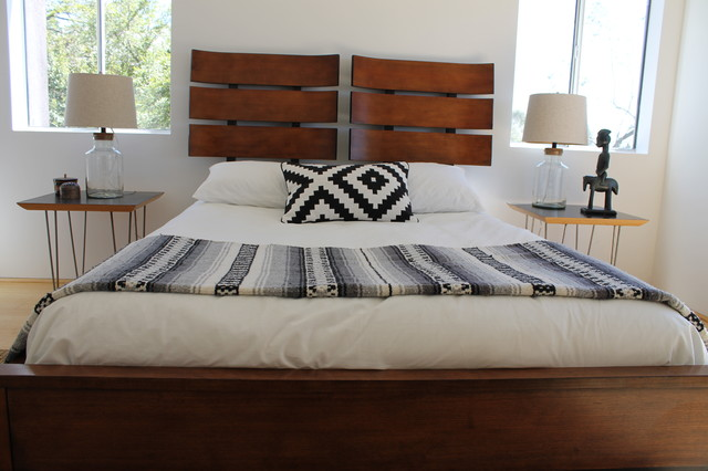 Modern Bed With Navajo Inspired Pillow Modern Bedroom