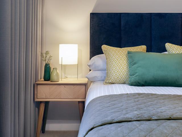 Trendy bedroom photo in Dublin