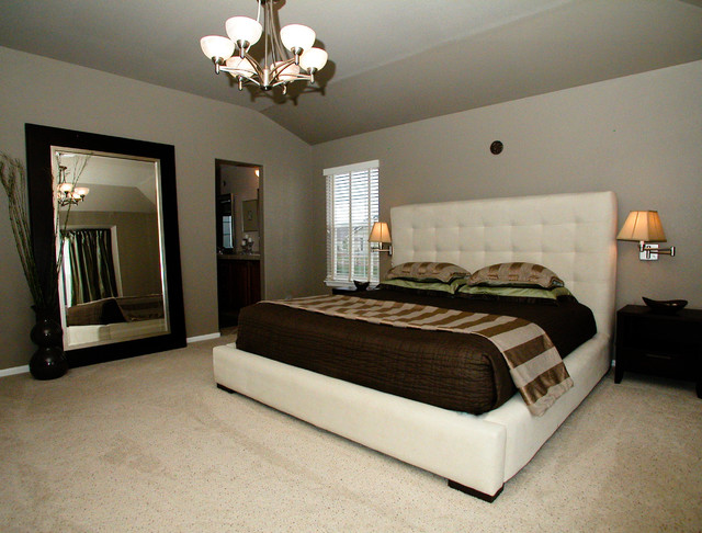 Modern contemporary master suite in colorado for Modern bedroom decor