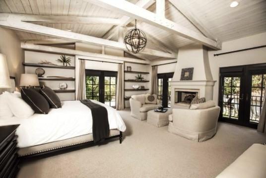 Inspiration for a cottage bedroom remodel in Santa Barbara