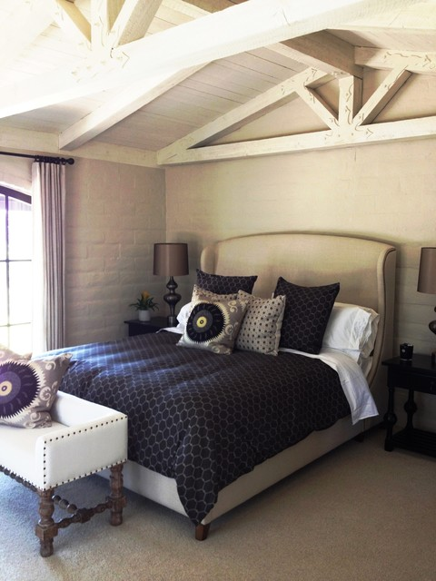 Bedroom - country bedroom idea in Santa Barbara