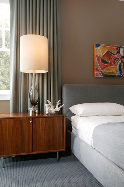 Modern grey bedroom   retro   soveværelse   new orleans   af ...