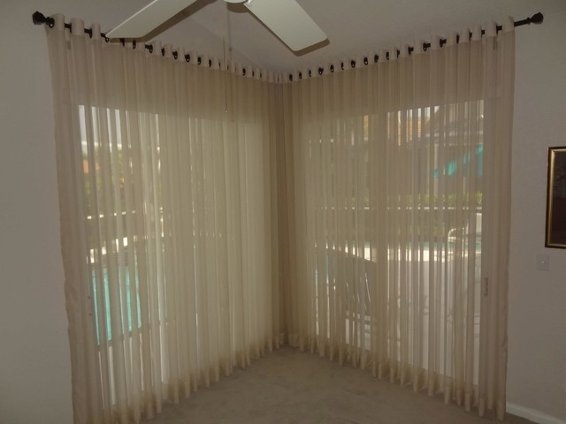 Modern Window Treatments And Home Decor Tropical