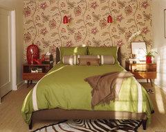 Modern Holloywood Hills Bungalow contemporary-bedroom