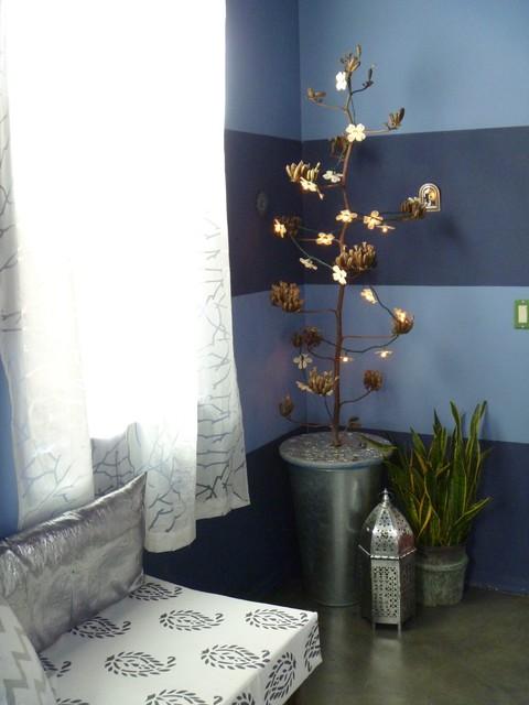 Modern Moorish eclectic-bedroom
