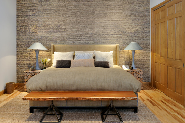 Modern Mountain Vacation Home Rustic Bedroom