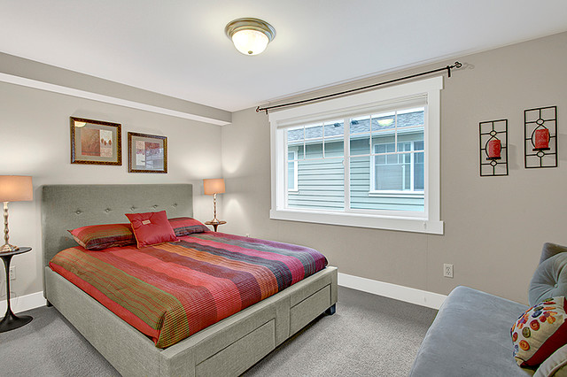 Modern Townhouse on Capitol Hill, Seattle contemporary-bedroom