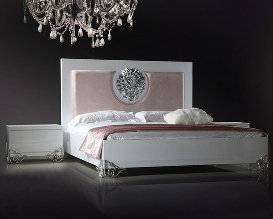 Modern White Lacquer Bed - Features: