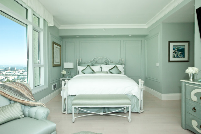 Mid-sized transitional master light wood floor and gray floor bedroom photo  in San Francisco