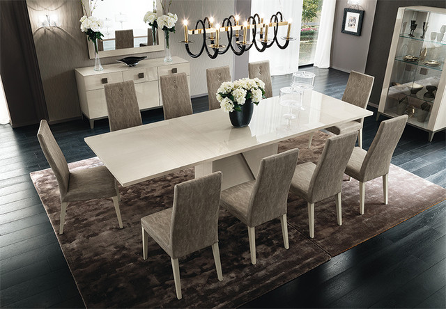Mont Blanc Dining Table And Chairs By ALF