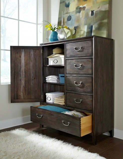 Montreat Bachelor 39 S Chest Contemporary Bedroom