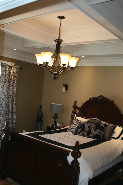 More Customized Molding / Moulding Ideas contemporary-bedroom