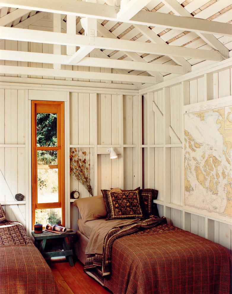Bedroom - rustic guest bedroom idea in Seattle