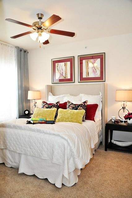 Multi-Family Model traditional-bedroom