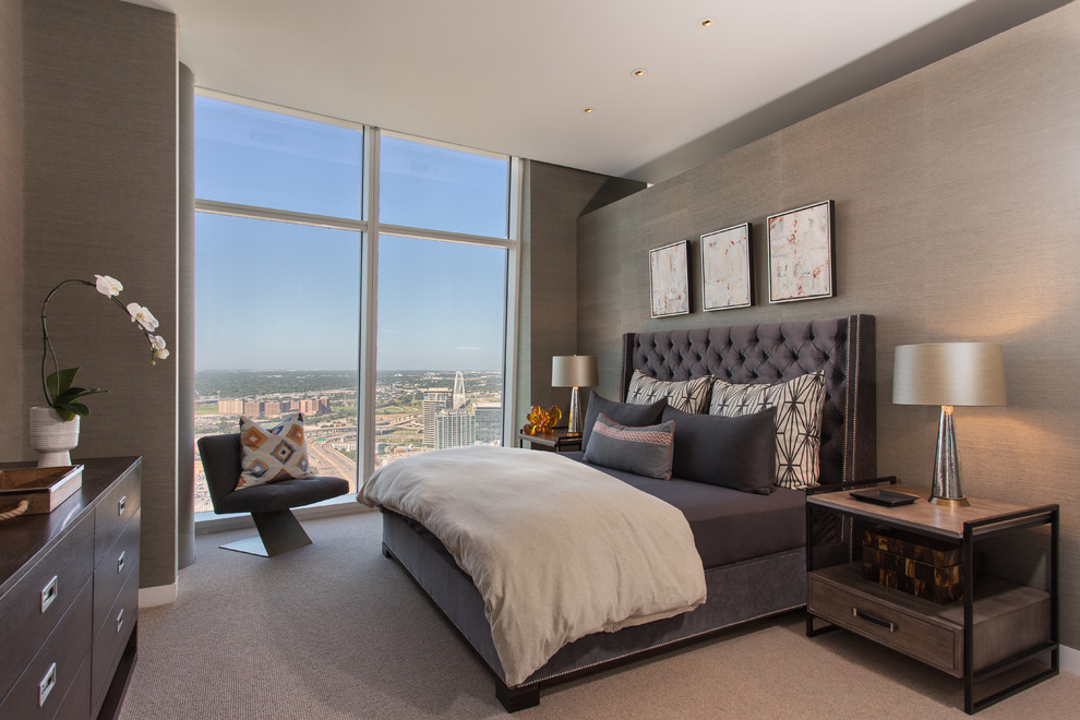 Inspiration for a contemporary master carpeted bedroom remodel in Dallas with gray walls