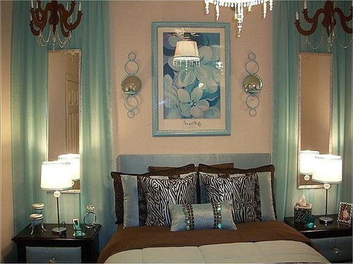 . Where can I buy the aqua curtains  Love them