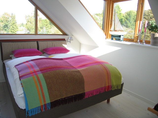 My house contemporary-bedroom