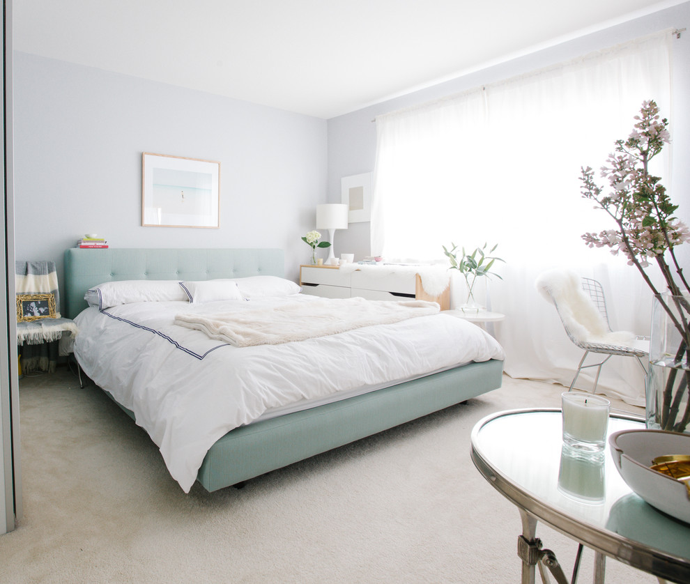 Bedroom - transitional carpeted bedroom idea in San Francisco with gray walls and no fireplace