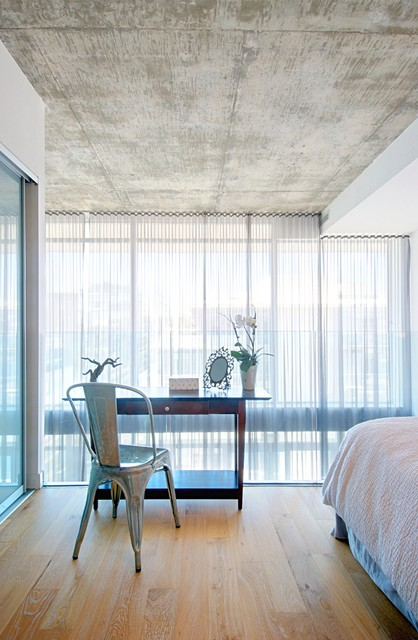 My houzz calm cool and collected in downtown toronto - Houzz dormitorios ...