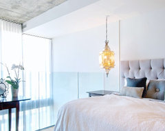 My Houzz: Calm, Cool and Collected in Downtown Toronto contemporary-bedroom