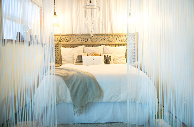 My Houzz Chic Boho Style For A Hawaii Apartment Beach Bedroom