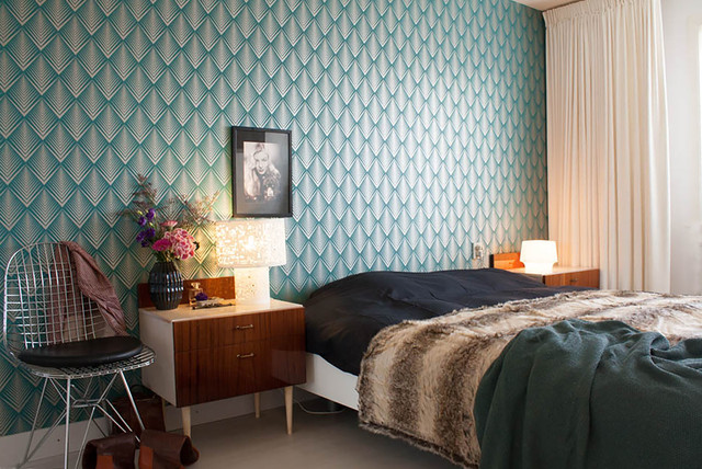 My houzz contemporary design and retro finds meet in for Decorating 1930s house