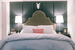 My Houzz: DIY Remodelers Find a Surprise in Their 1903 Condo eclectic-bedroom